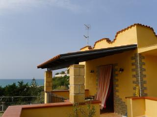 PROFUMO DI MARE - Balestrate vacation rentals