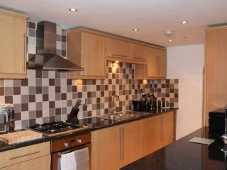 Glasgow City Centre Kent Road 2/8 - Glasgow vacation rentals