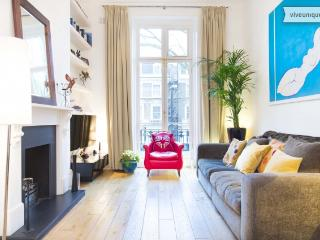 Two bed apartment, Holland Park Avenue, nr Notting Hill - London vacation rentals