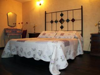 Nice Bed and Breakfast with Internet Access and A/C - Sieti di Giffoni Sei Casali vacation rentals
