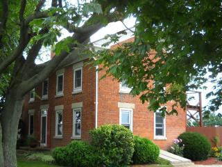 Harpster Davenport Guest House - Port Clinton vacation rentals