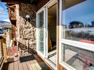 Rustic townhouse - walk to downtown & Old Town Hot Springs - Steamboat Springs vacation rentals
