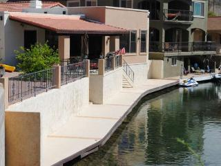Casa Riverview...The White House of Moovalya Keys - Parker vacation rentals