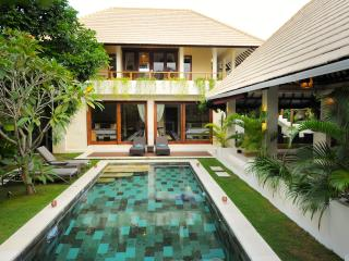The Gorgeous Lane Villa. High quality, Spacious with a great location. - Design, Quality, Space, Location and Great Value - Seminyak - rentals
