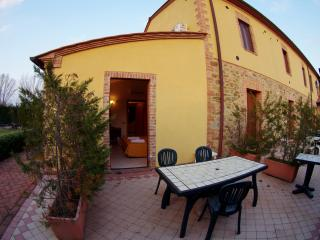 Pioppo house in Tuscany Chianti Hills - Castelnuovo Berardenga vacation rentals