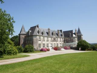 Château de KERVOAZEC - Chateauneuf du Faou vacation rentals