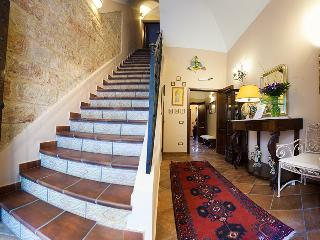 B&B Cinisi Vacanze Camera Tripla C - Cinisi vacation rentals