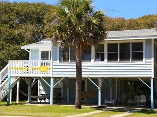 "705 Palmetto Blvd - ""Nancy's Fancy - Edisto Beach vacation rentals"