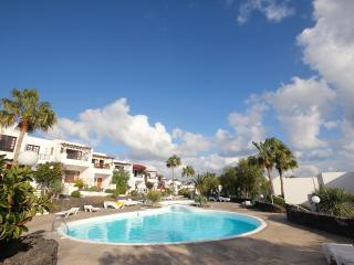 Sunny Apartment with Balcony and Linens Provided - Puerto Del Carmen vacation rentals