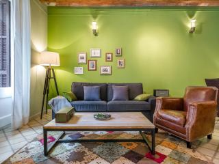 Homearound Green Market Apartment (3 BR) - Barcelona vacation rentals