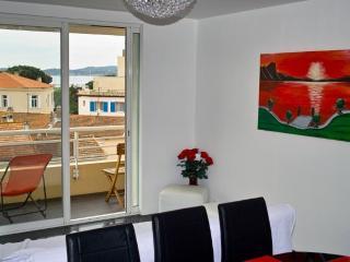 Appartement f3 - Vue mer/St-Tropez - Saint-Maximin-la-Sainte-Baume vacation rentals