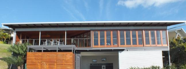 Tangalooma Hilltop Haven - Luxury Beach House - Tangalooma vacation rentals