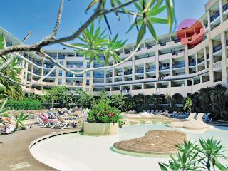 Cannes, bord de mer, 50 m des plages 6 personnes - Cannes vacation rentals