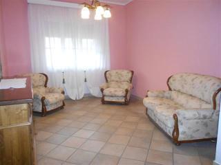 2 bedroom Villa with Dishwasher in Altopascio - Altopascio vacation rentals