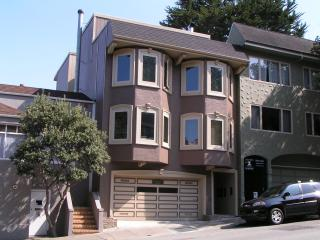 Charming Castro/Haight Apartment - San Francisco vacation rentals