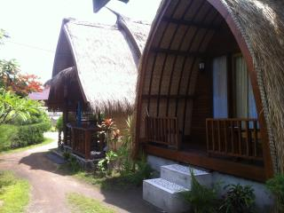 Comfortable Bungalow in Gili Meno with A/C, sleeps 2 - Gili Meno vacation rentals