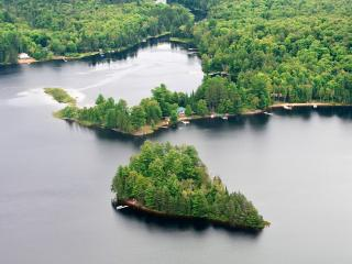 Gents Island Algonquin/Muskoka/Ontario - Dwight vacation rentals