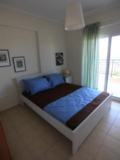 Perfect 3 bedroom Pefkohori House with Internet Access - Pefkohori vacation rentals