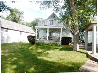 2 bedroom House with Internet Access in West Branch - West Branch vacation rentals
