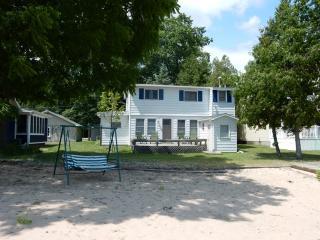 Lazy Dayz - Northeast Michigan vacation rentals
