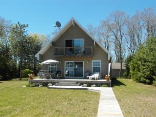 Beauty & The Beach - East Tawas vacation rentals