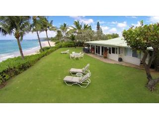 Spacious, Sunny Beachfront 5 bedroom on North Shore's most exclusive street - Haleiwa vacation rentals