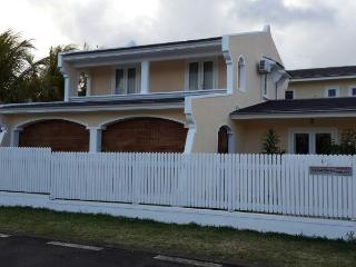 Nice Bungalow with Television and A/C - Pointe d'Esny vacation rentals