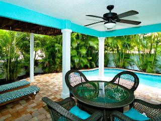 BLUE PINEAPPLE - Holmes Beach vacation rentals