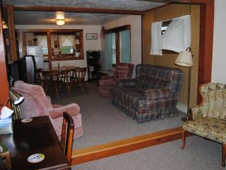 Nice 2 bedroom Bungalow in Marshfield - Marshfield vacation rentals