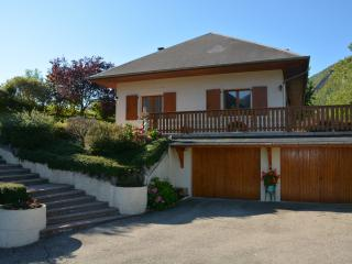 Cozy 2 bedroom Bed and Breakfast in Chambéry - Chambéry vacation rentals