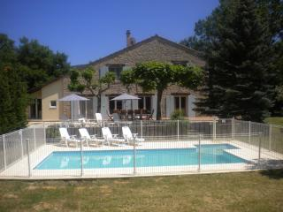 Le Mas Du Gros Cailloux - Vallon-Pont-d'Arc vacation rentals