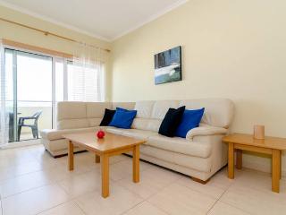 Apartment between beach and centre of Portimao - Portimão vacation rentals