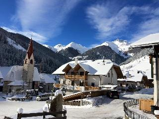 Bright 6 bedroom Valle Aurina Condo with Internet Access - Valle Aurina vacation rentals