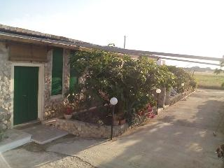 Nice House with Television and Patio - Andrano vacation rentals