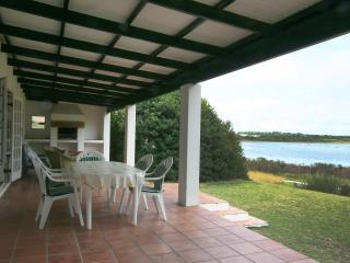 Spacious House with Outdoor Dining Area and Television - Hermanus vacation rentals