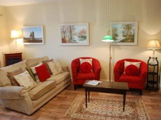 Coastal village holiday home quiet and secure - Ballybunion vacation rentals