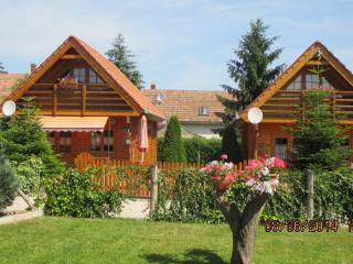 """""""Ferienpark-Piroschka"""" - Zalacsany vacation rentals"""