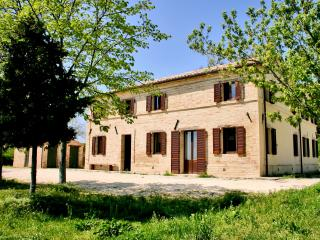 Farmhouse in le Marche - Macerata vacation rentals