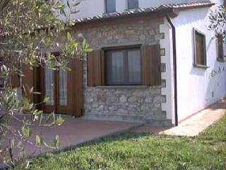 Nice 2 bedroom Villa in Poggioferro - Poggioferro vacation rentals