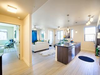 Aqua Marine, Kierland Commons, Pure Luxury. - Scottsdale vacation rentals
