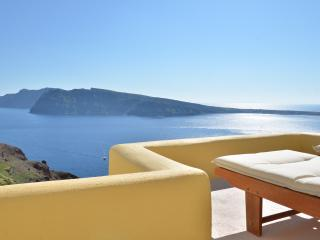 Earth House - Oia vacation rentals