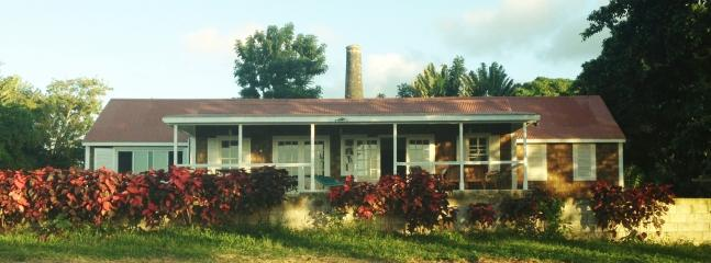 Perfect Guest house with Deck and Internet Access - Heldens vacation rentals