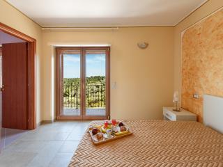 2 bedroom Villa with Deck in Vico del Gargano - Vico del Gargano vacation rentals