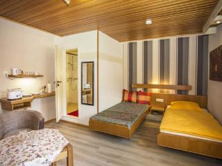 Baan Arun Basic 2 Apartment nähe Karlsruhe - Remchingen vacation rentals