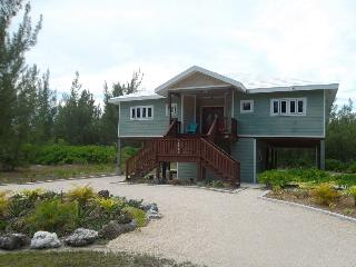 HappyDaze House - Steps to beach - Car available - Treasure Cay vacation rentals