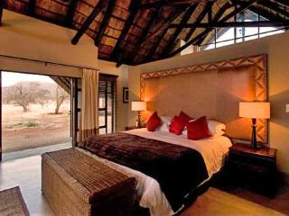 Perfect 5 bedroom Pilanesberg National Park Lodge with Deck - Pilanesberg National Park vacation rentals