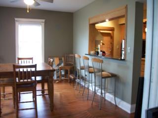Lovely 3 bedroom - Cincinnati vacation rentals