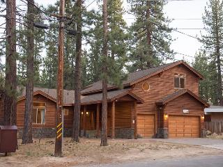 5BR/4BA Pvt Hot Tub- Gorgeous Home- Best Location- Summer Specials, Sleeps 12 - South Lake Tahoe vacation rentals