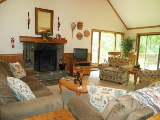 The Meadows (SN7) Four bedroom Private home with indoor hot tub just minutes to Killington Resort. - Lake Bomoseen vacation rentals