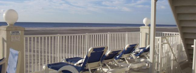 Great family friendly condo! Steps from the beach! - Image 1 - Wildwood Crest - rentals